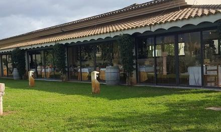 Menú para 2 o 4 con surtido de entrantes, principal, postre y bebida desde 39,95 € en Restaurante Rias Baixas