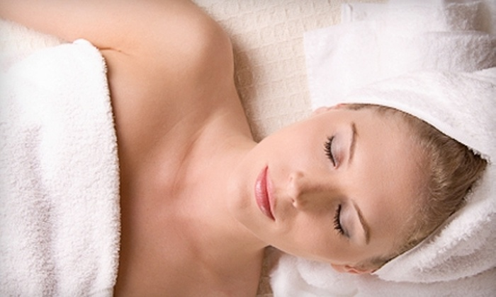 Healing Laser Wellness Spa - Williston Park: $39 for Infrared Weight-Loss Body Wrap ($79 Value) or $69 for a Laser Photofacial ($139 Value) at Healing Laser Wellness Spa in Lake Mary