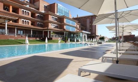 Monachil: 2, 3 o 5 noches para 2 en junior suite con desayuno, 2x1 en spa y campamento de verano en Granada Palace 4*