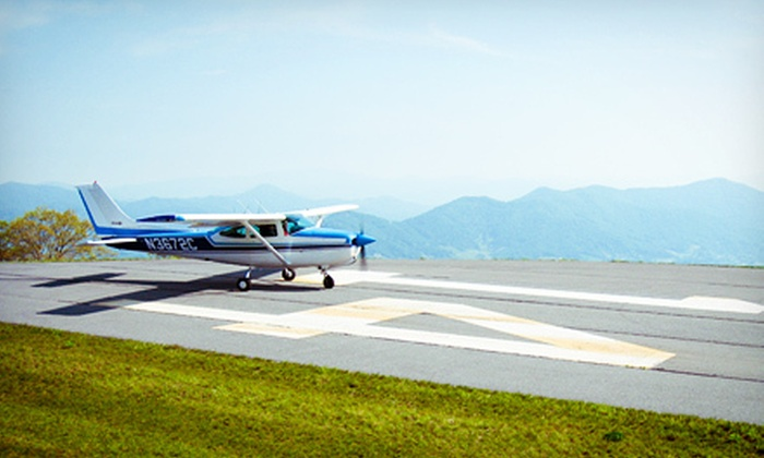 FlyCarolina - Multiple Locations: $100 for an Introductory Flight Lesson from FlyCarolina ($200 Value)