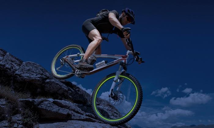 """Groupon Goods Global GmbH: 5-teiliges Set GlowGarage Fun-Leuchtstreifen für Fahrradfelgen, bekannt aus """"Die Höhle der Löwen"""" (60% sparen*)"""