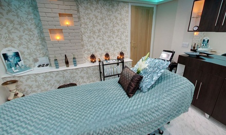 Choice of One-Hour Massage, Use of Foot Spa Facilities and an optional Express Facial at VSPA Retreat (Up to 56% Off)