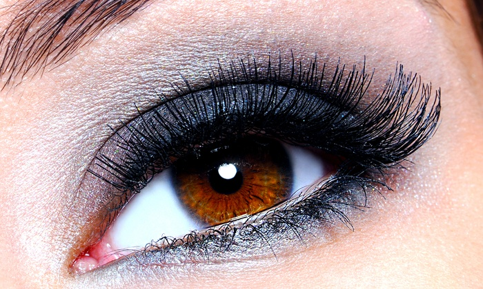 Erica's Day Spa - Huntington station: $75 for a Full Set of Silk Eyelash Extensions at Erica's Day Spa ($150 Value)