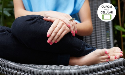 Flor de Lis Studio de Beleza – Taguatinga:manicure e pedicure opção de spa dos pés