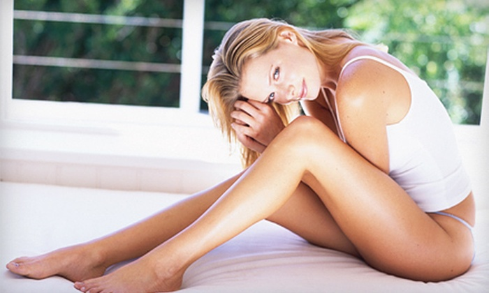 St. Louis Lipo Laser - Multiple Locations: $99 for Three Lipo-Laser Sessions with Three Body-Vibration Treatments at St. Louis Lipo Laser in O'Fallon ($504 Value)