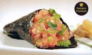 Koy Sushi: Combinado com 30 rolls ou temaki no Koy Sushi – Boa Viagem