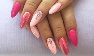 Nails Bar Papotage: Wybrany manicure (49,99 zł), pedicure (69,99 zł) i więcej opcji w Nails Bar Papotage (do -50%)