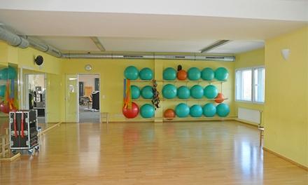 Yoga- und Pilates- Kurse oder professionelles Fitness-Training bei Rückenwind (bis zu 77% sparen*)