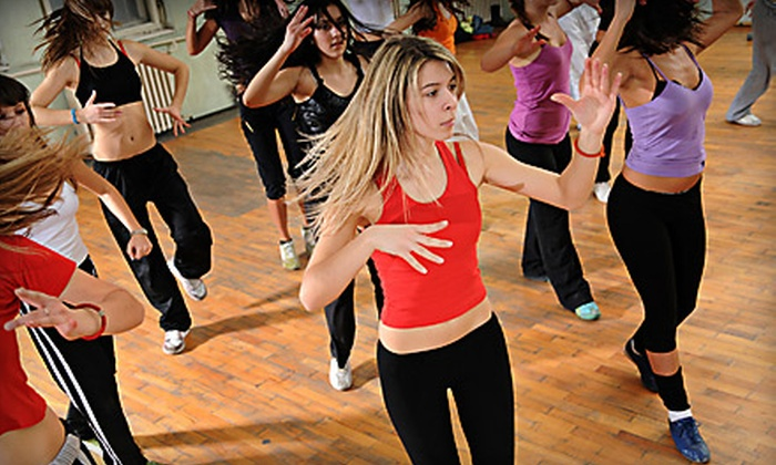 Studio Craze - Navarre: $22 for Five Group Fitness Classes at Studio Craze ($45 Value)