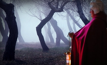 2 Tickets to a Haunted Tour of Williamsburg  - Spooks and Legends Haunted Tours in Williamsburg