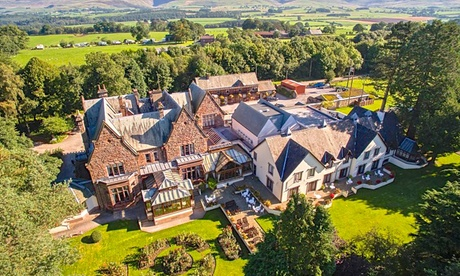 Lake District: Double Room for Two with Breakfast, Options for Spa Credit, Prosecco and Dinner at 4* Appleby Manor