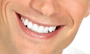 Limpieza bucal e interdental con pasta de profilaxis, fluorización y pulido por 12 € y con hasta 4 empastes desde 24 €