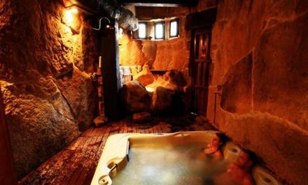 Oporto y Arribes del Duero: 1 o 2 noches para 2 en habitación doble con 1 sesión de spa privado en Orgullo Rural