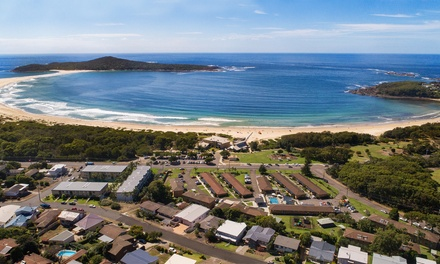 Port Stephens: Up to ThreeNight Stay for Six with Pizza Voucher, Wine and Late CheckOut at Seaside Holiday Resort