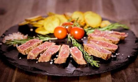 Menu con Fiorentina da 1 o 2 kg, dolce e vino per 2 o 4 persone al ristorante I Toscanaccio (sconto fino a 44%)