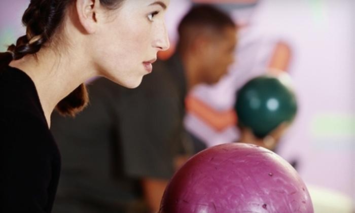 Poplar Creek Bowl - Hoffman Estates: $15 for $30 Worth of Bowling and Billiards at Poplar Creek Bowl in Hoffman Estates