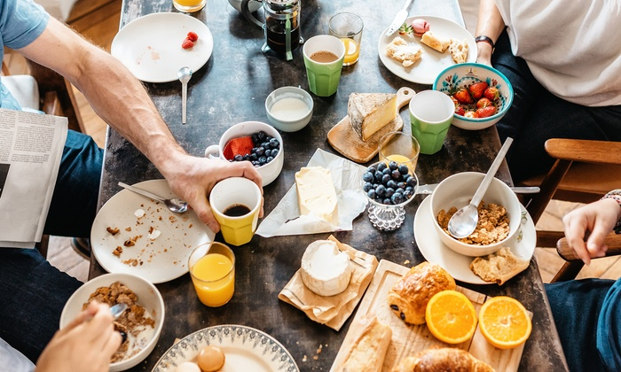 SHIVA Restaurant Berlin - Berlin: Brunch All-you-can-eat für zwei oder vier Personen im Shiva Restaurant Berlin (bis zu 31% sparen*)