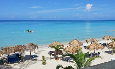 3-, 4-, 5-, or 7-Night Stay for Two in a Garden- or Ocean-View Room at Fun Holiday Beach Resort in Negril, Jamaica