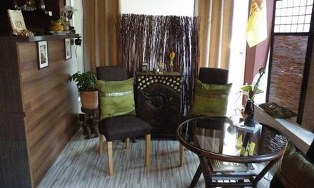 60 Min. Thai-Massage, opt. mit 30 Min. Fußreflexzonenmassage, bei Ban Pasuk (bis zu 32% sparen*)