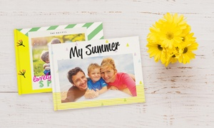 Photobook Emirates: 40-Page Personalised Photobook with a Choice of Size from Photobook Emirates (Up to 66% Off)