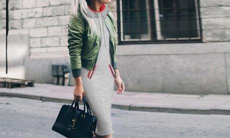 Vestido con capucha