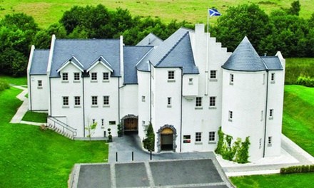 Falkirk: Deluxe Double/Twin Room with Breakfast and Molton Brown Gift Bag at 4* Glenskirlie House and Castle