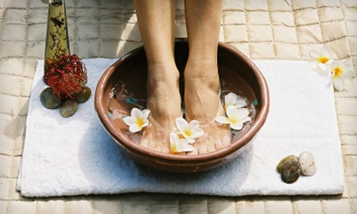 Anew Start Rejuvenation Center - Kelowna: $29 for Two Foot Baths ($80 Value) or Three Sauna Sessions ($60 Value) at Anew Start Rejuvenation Center
