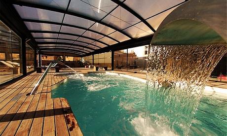 Maestrazgo: apartamento para 2 con desayuno, late check-out, spa y opción a cena en Aparthotel Don Íñigo de Aragón