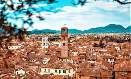Lucca: camera Standard con colazione o mezza pensione per 2 persone presso l'Hotel Bernardino