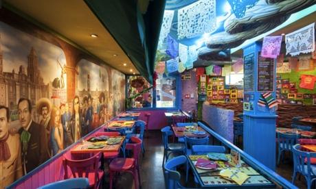 Menú degustación para 2 o 4 con entrante, principal, chupito de margarita o postre y bebida desde 19,95 € en La Mordida