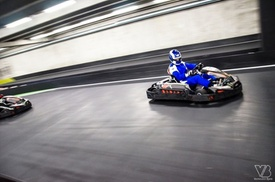eKart: Karting intérieur à Gand! 2 courses pour 1 personne avec boisson