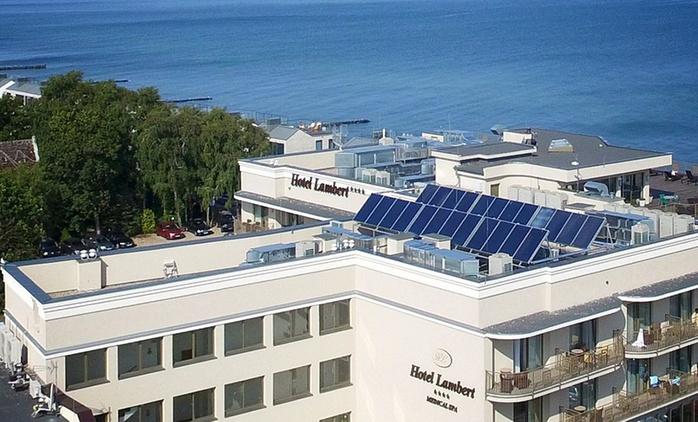 Ustronie Morskie: 2-8 dni dla 2 osób z wyżywieniem, oazą relaksu, basenem i więcej w Hotelu Lambert 4* Medical Spa