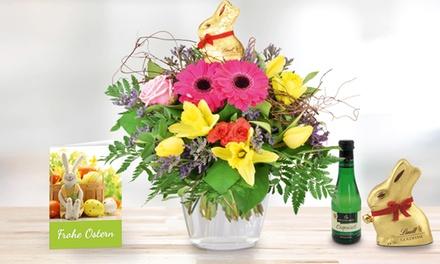 Blumenstrauß mit Lindt-Goldhase, Perlwein und Grußkarte