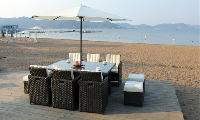 Eight- or Ten-Seater Yakoe PapaverCube Dining Set with Rain Cover and Optional Parasol