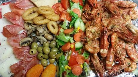 Spanisches Gambas-Menü mit Tapas, Baguette, Aioli und Wein für 2 oder 4 Pers. bei Tio Pepe