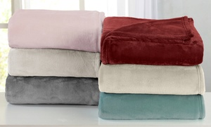 Portland Collection Plush Solid-Color Blanket