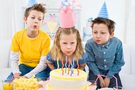 Trzy Gracje: Organizacja urodzin do 10 dzieci od 149,99 zł i więcej w Mini Salonie Fryzjersko-Kosmetycznym dla Małych Dam (do -40%)