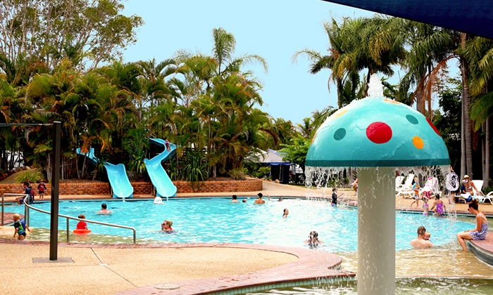blue dolphin holiday resort in yamba nsw groupon getaways. Black Bedroom Furniture Sets. Home Design Ideas