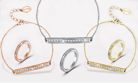 1 of 2 sets Millie van het merk Mestigé versierd met Swarovski®kristallen vanaf € 16,99 gratis levering