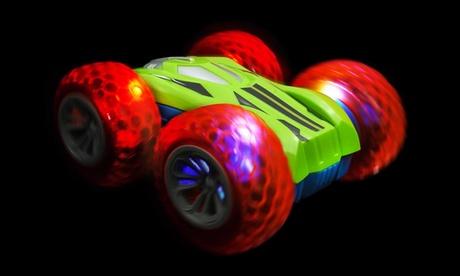 Auto acrobatica telecomandata con rotazione a 360°