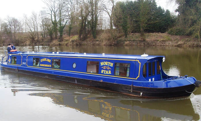 Worcestershire: 3- or 4-Night Boat Hire with Starline Narrowboats