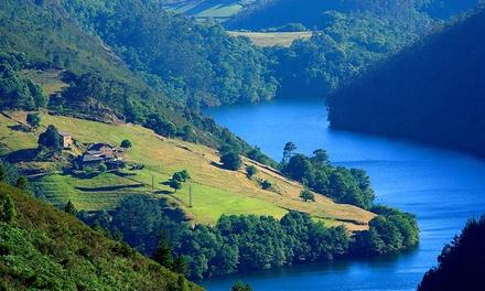 Asturias: 1, 2 o 3 noches en habitación doble con desayuno y actividades de agroturismo en Yeguada Albeitar