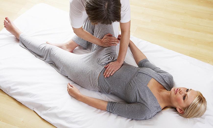 Weißes Mädchen Japanische Massage
