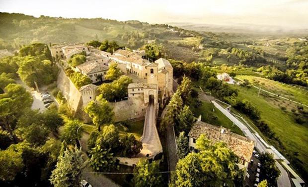 Letto A Castello A Rimini.Castello Di Montegridolfo Groupon