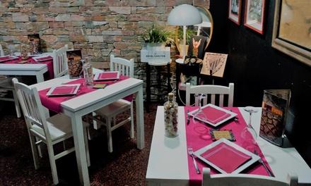 Menú para 2 o 4 con aperitivo, entrantes, principal, postre y botella de vino desde 49,90€ en Restaurante Gaztedi Berria