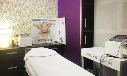 1 o 2 sesiones de tratamiento facial a elegir desde 19,95 € en Zenith Peluquería y Belleza