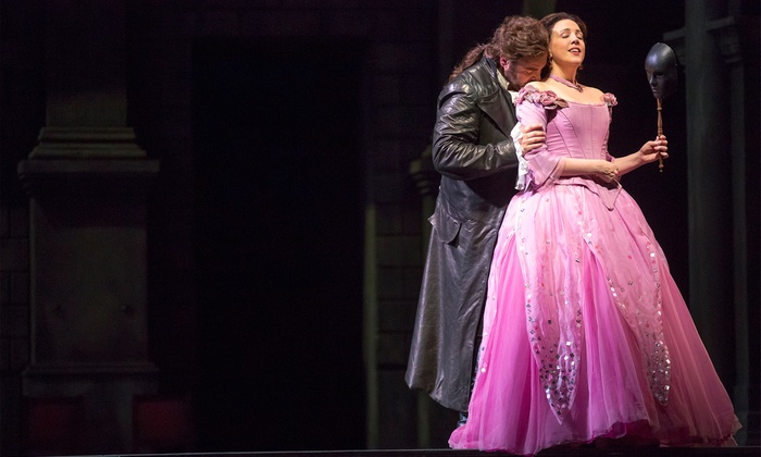 """Der Rosenkavalier"" or ""Romeo and Juliet"" - Civic Opera House: Lyric Opera of Chicago: ""Der Rosenkavalier"" or ""Romeo and Juliet"" (Through March 16)"