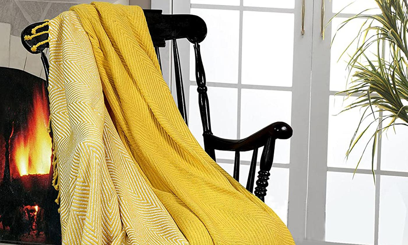 Pack of Two 100% Cotton Throws In Choice of Colour