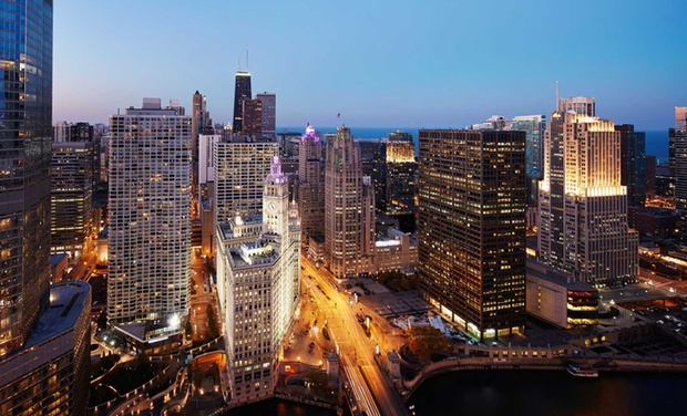 4 star top secret chicago hotel groupon for Best hotel deals downtown chicago
