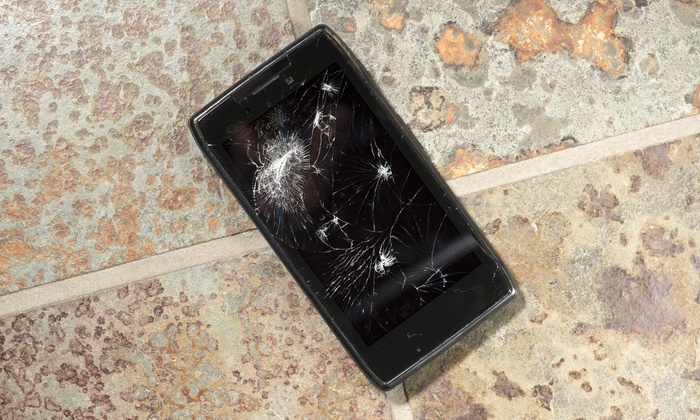 Strictly Repairz N Skinz - Mission Valley West: iPhone 5 Screen Replacement from Strictly Repairz n Skinz (52% Off)
